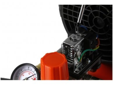 Oro kompresorius 50L, 230V, 390l/min 6