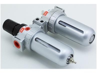 Oro srauto reguliatorius su drėgmės filtru ir tepaline 1/2'', 3000 l/min